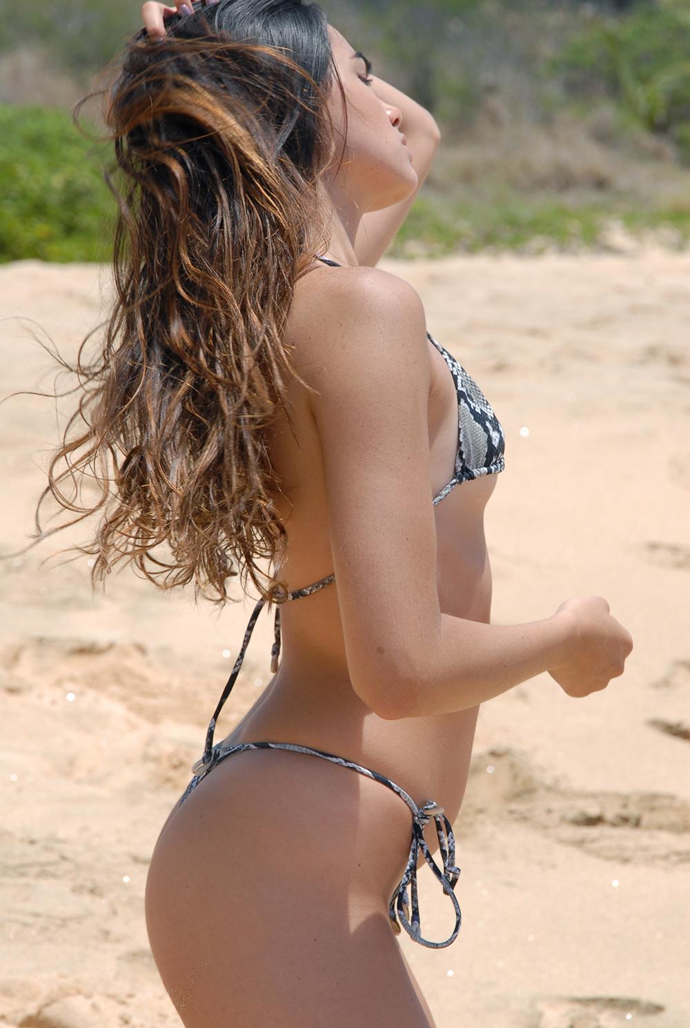 Swimbook_Indah_Clothing_swimsuit_Kaitlyn_Hitsman_DSC_0482.jpg
