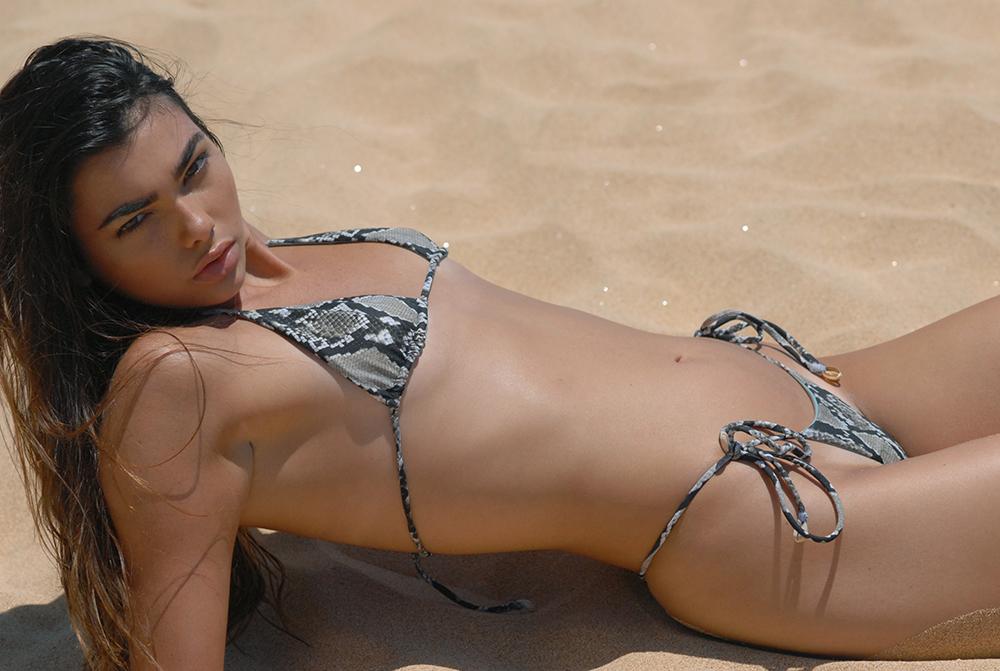 Swimbook_Indah_Clothing_swimsuit_Kaitlyn_Hitsman_DSC_0973.jpg