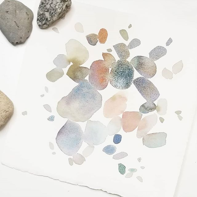 "#showmeyourflorals Abstract piece inspired by my little Benny!  We took a trip with Nana and Papa to the beach last month. It was a little too cold for a real swim, but he had the BEST time throwing pebbles into the water while we all skipped stones. He loved it so much we had to bribe him with a sprinkle doughnut just to leave the beach! And he literally asks me every day when he can go back to ""throw rocks at the water"". My original blue palette from this challenge always reminded me of seaglass, but I've been using more neutrals lately & I couldn't help but think of all these beautiful stones from our beach adventure. So this one's for you little bear! 🐻"