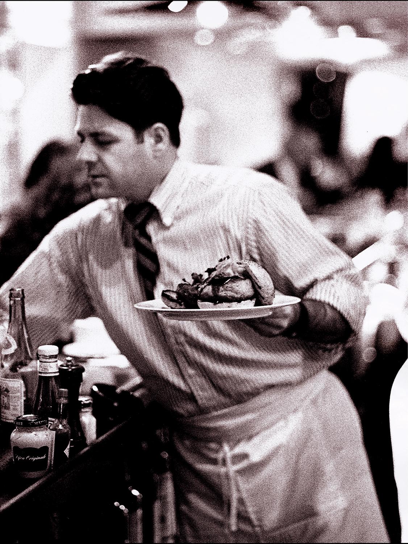 waiter_Web.jpg