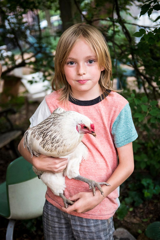 Kristen_Chickens_20160809_0037_1500px_85Q.jpg