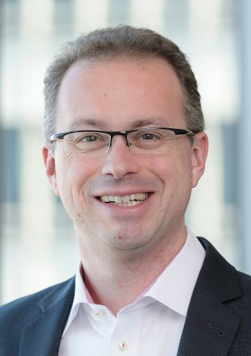 SimonMiller-Headshot Photo.JPG