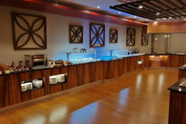 Sirroco Restaurant, Holiday Inn, Suva, Fiji