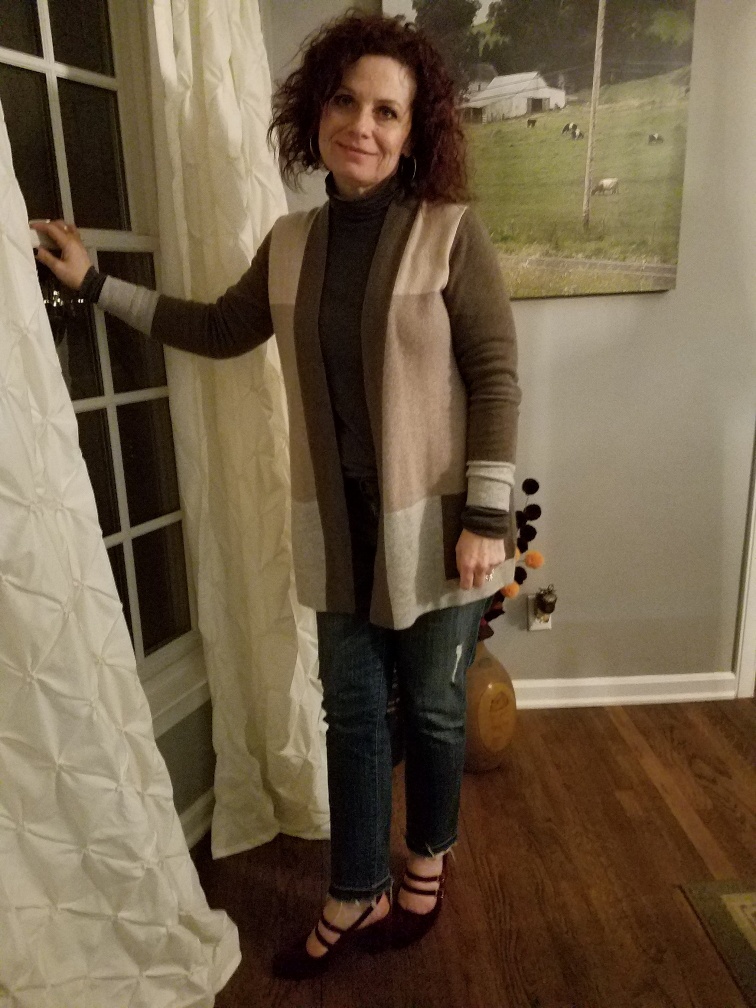 The sweater is a beautiful cashmere given to me for Christmas from the Mr., along with the shoes - both are new favs :)