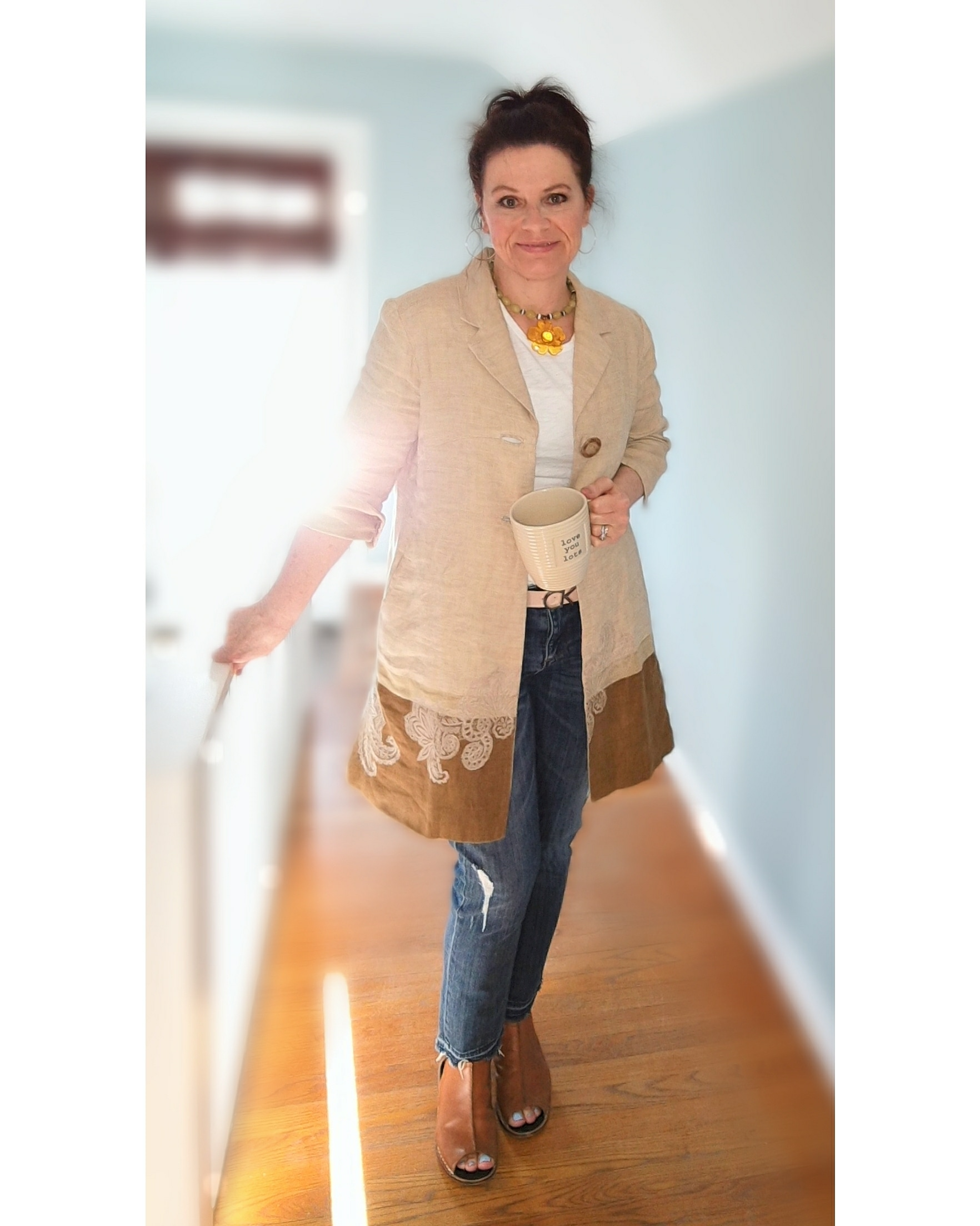 Closet Treasure - this linen jacket I haven't worn in two Spring seasons - I love rediscovering pieces !