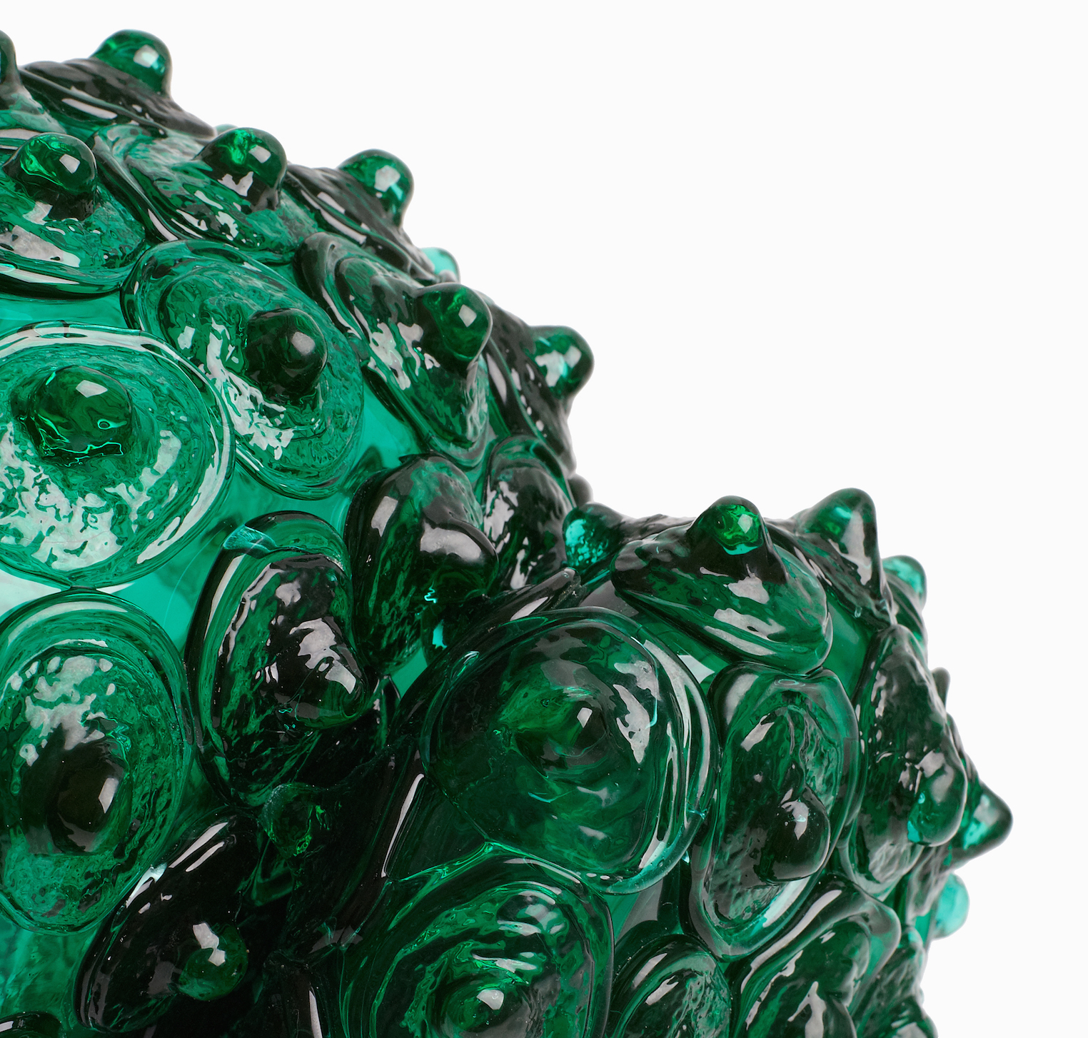 Katherine Rutecki,  Green Double Bubble no. 1,  blown and hot cast Uranium lagoon glass, mirror, birchwood ply, 330x10x36cm, 2016 (detail)