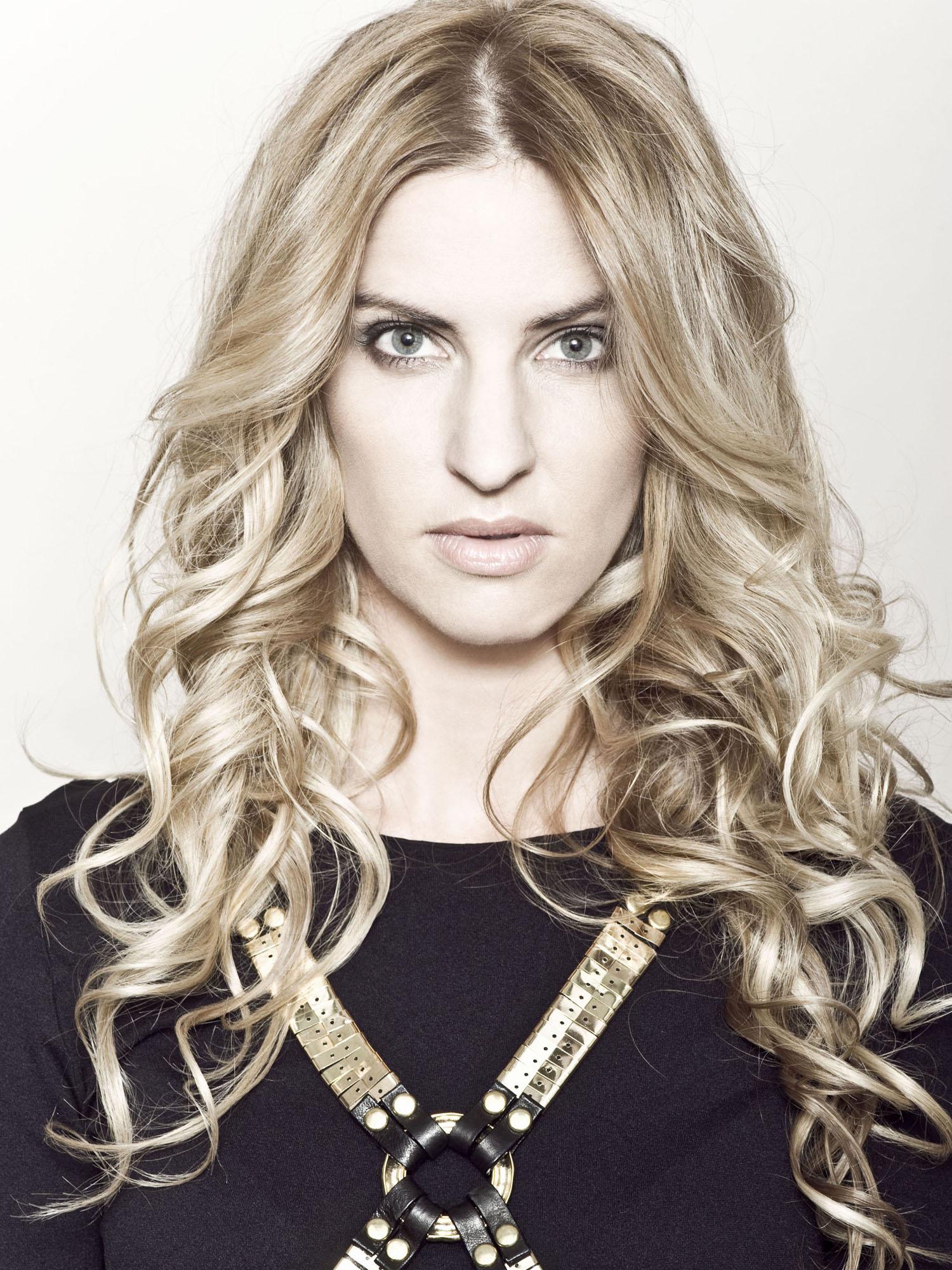 blonde_ melbourne blonde_ melbourne blonde expert_ st kilda blonde_ yoshiko hair_st kilda hairdresser_melbourne hair_web blog.jpg