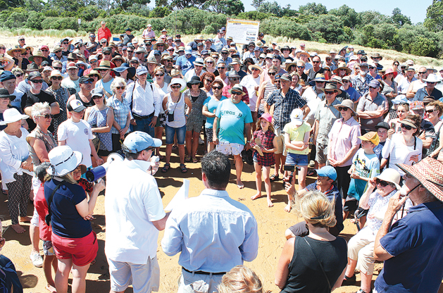 Around 300 people attended a protest against the terminal being at the Anderson Road boat ramp - Photo; SGST
