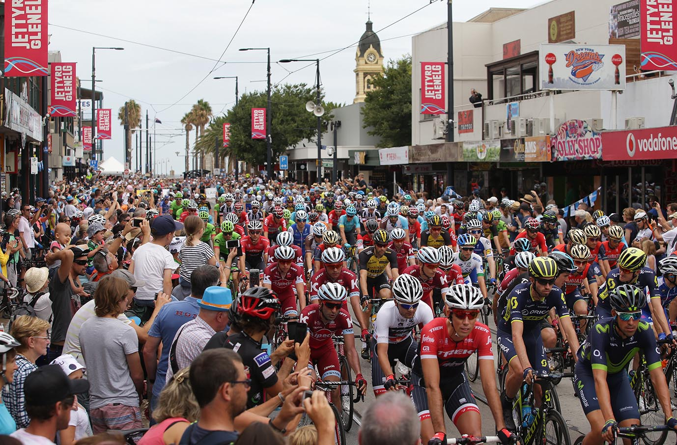 Hansgrohe Stage 3-Santos Tour Down Under started at Glenelg beach