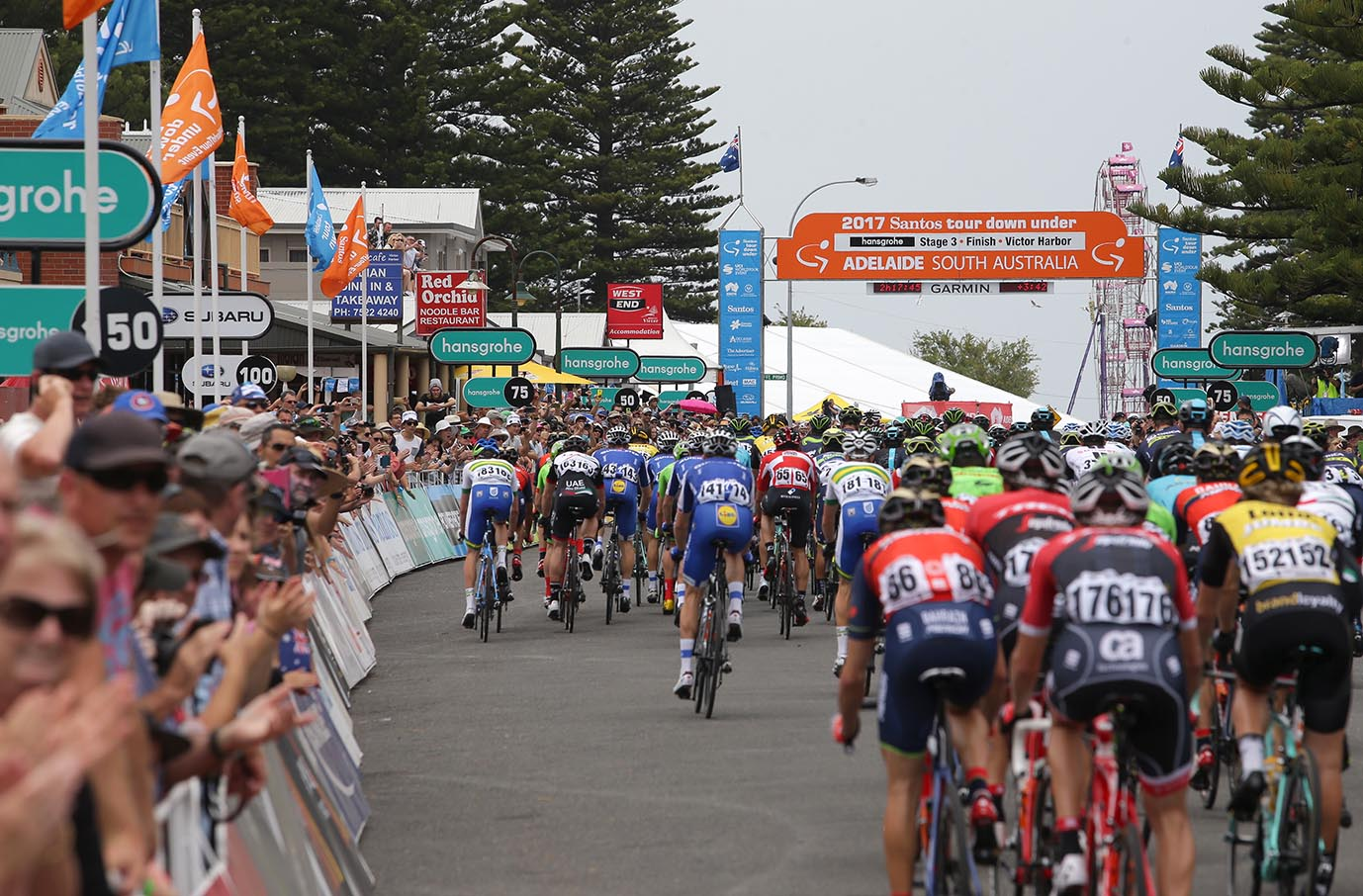 Hansgrohe Stage 3 of the Santos Tour Down Under finishes in Victor Harbor