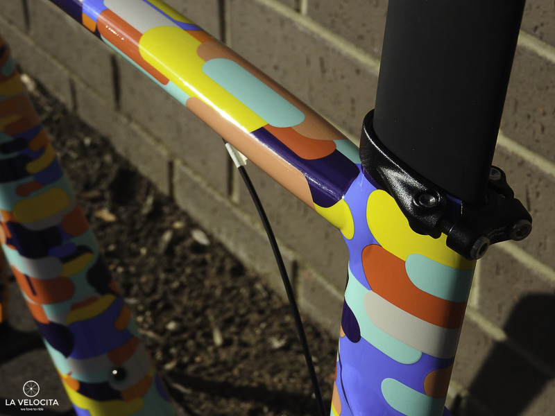 The mean looking Venge seatpost is a damn nice touch at this pricepoint