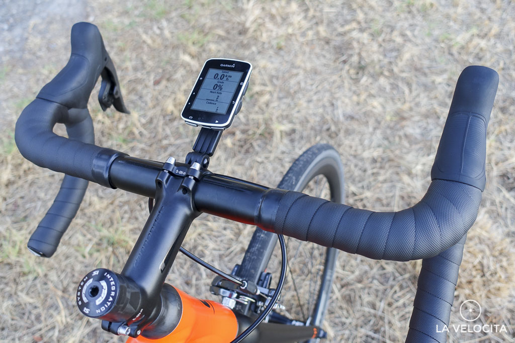 The cockpit is loaded with quality Cannondale components