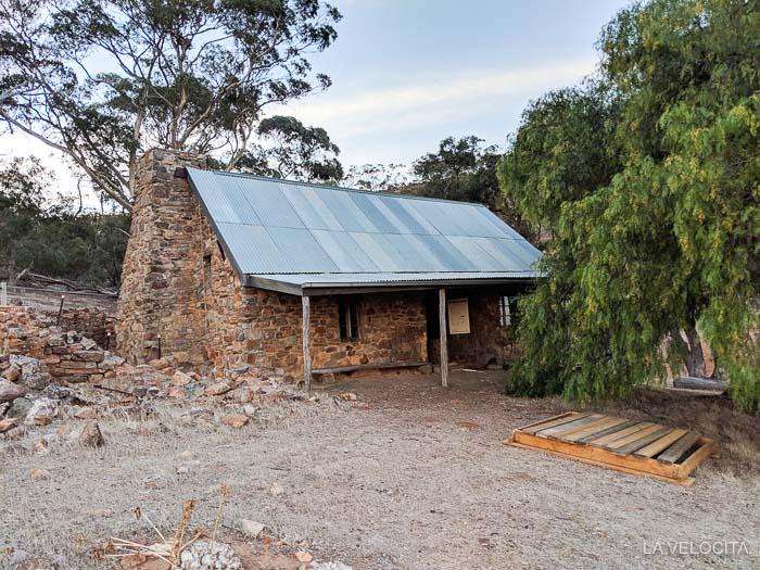 Marschalls hut Heysen Trail.jpg