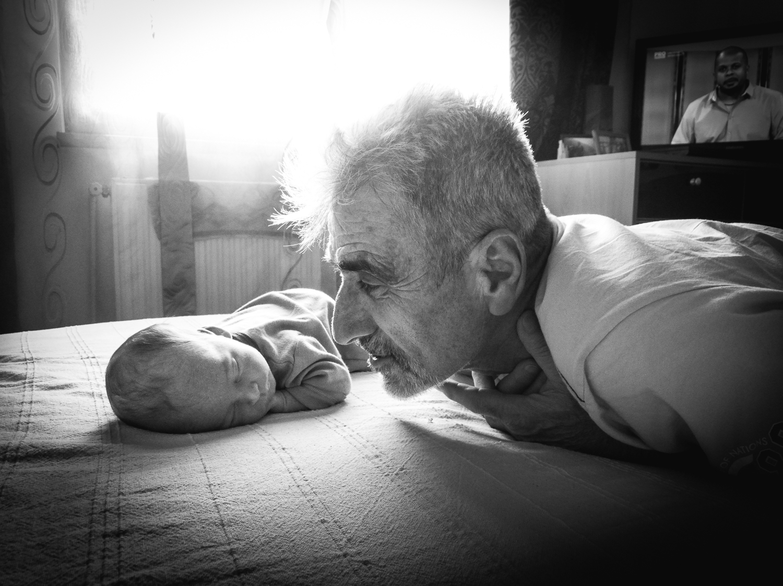 Prima intalnire nepot bunic