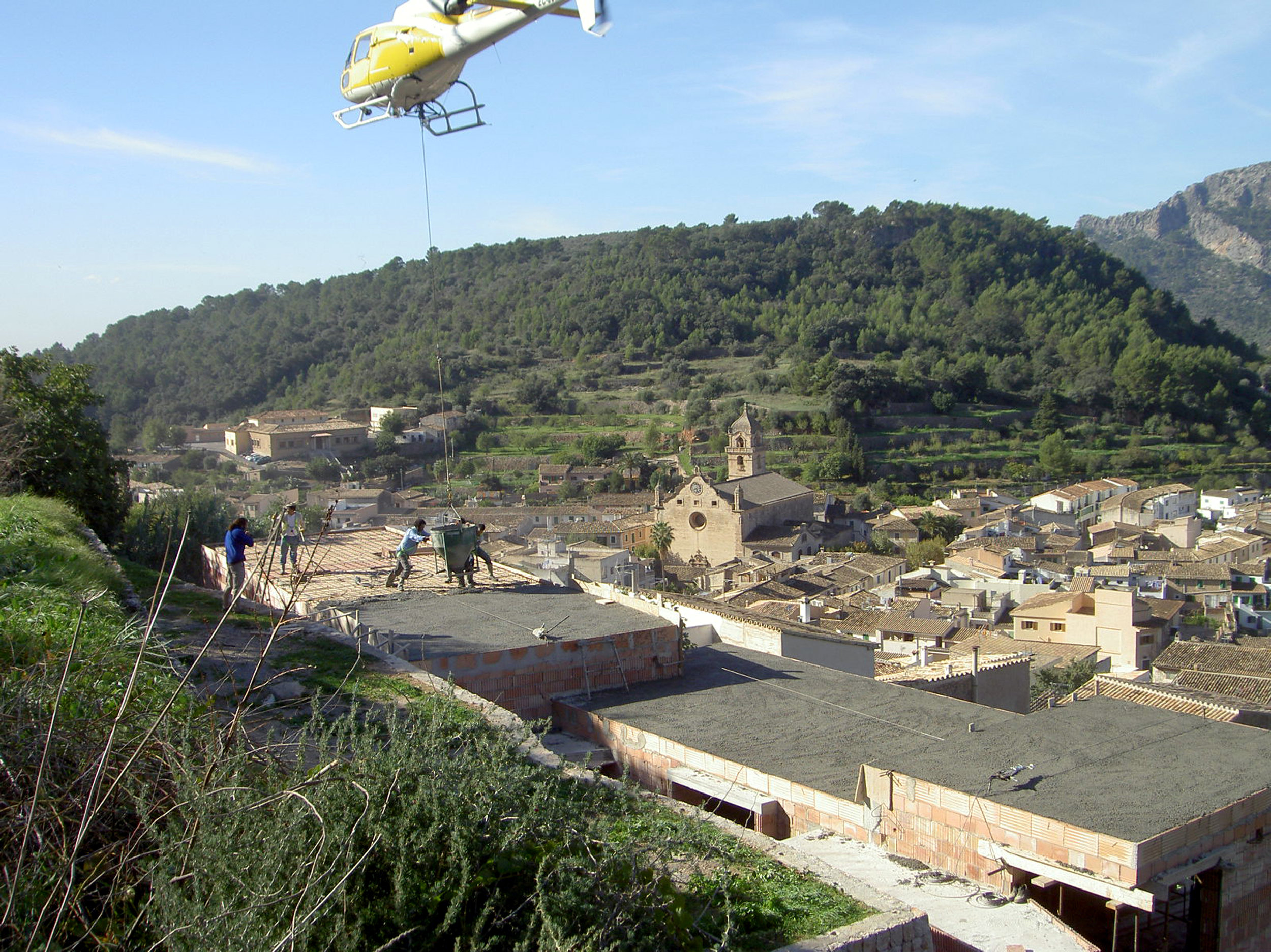 12-Casa-Bunyola-Helicoptero.jpg