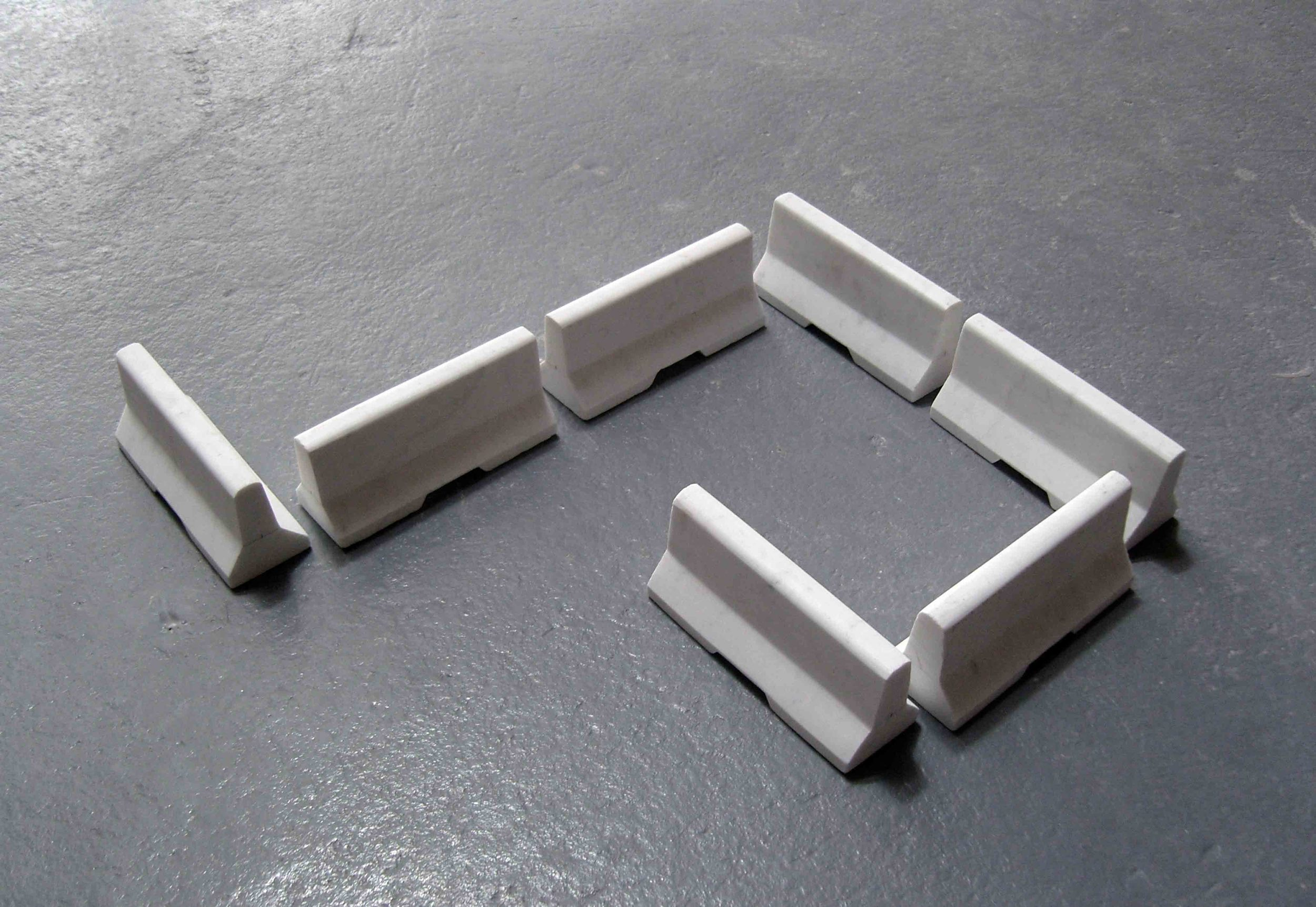 Invitation,  2007, white marble (7 pieces), 7.5x6x17cm each.