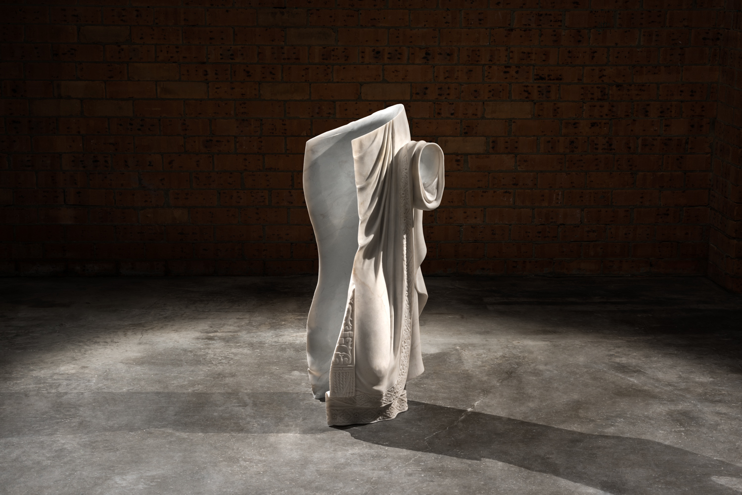 Robes of the effigy  2016 Imperial white, found object