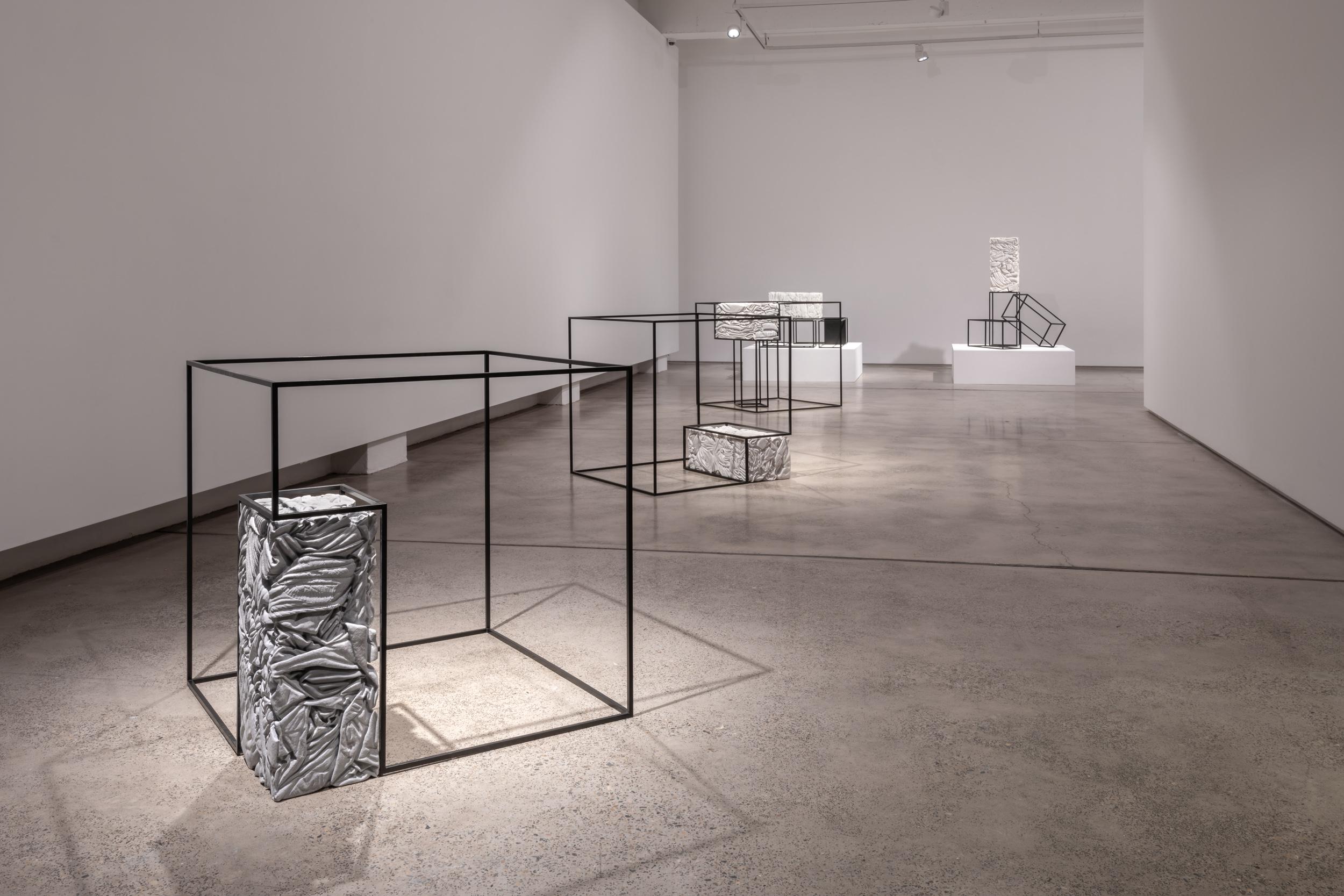 Alex Seton_Cargo_2018_Installation_002.jpg