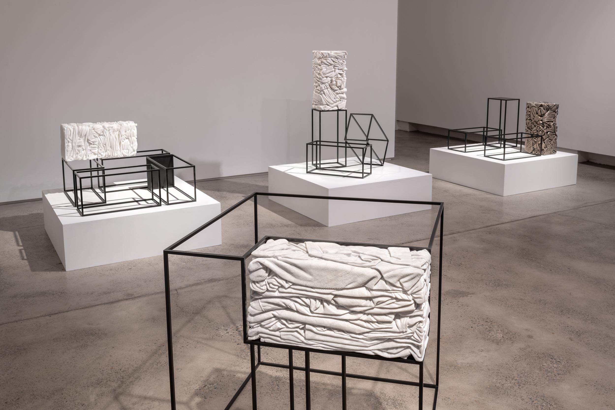 Alex Seton_Cargo_2018_Installation_006.jpg
