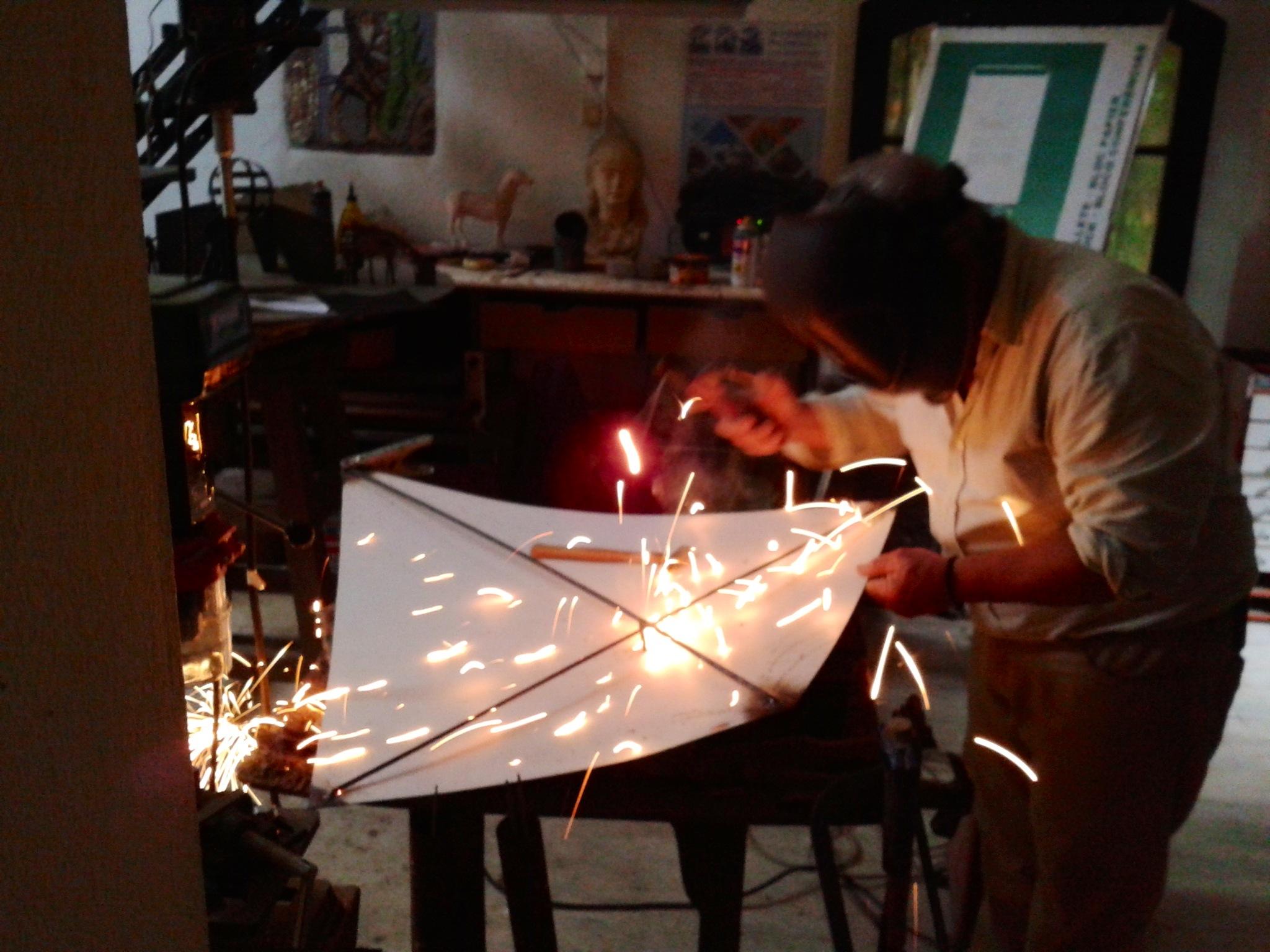 Kites Construction 004.JPG