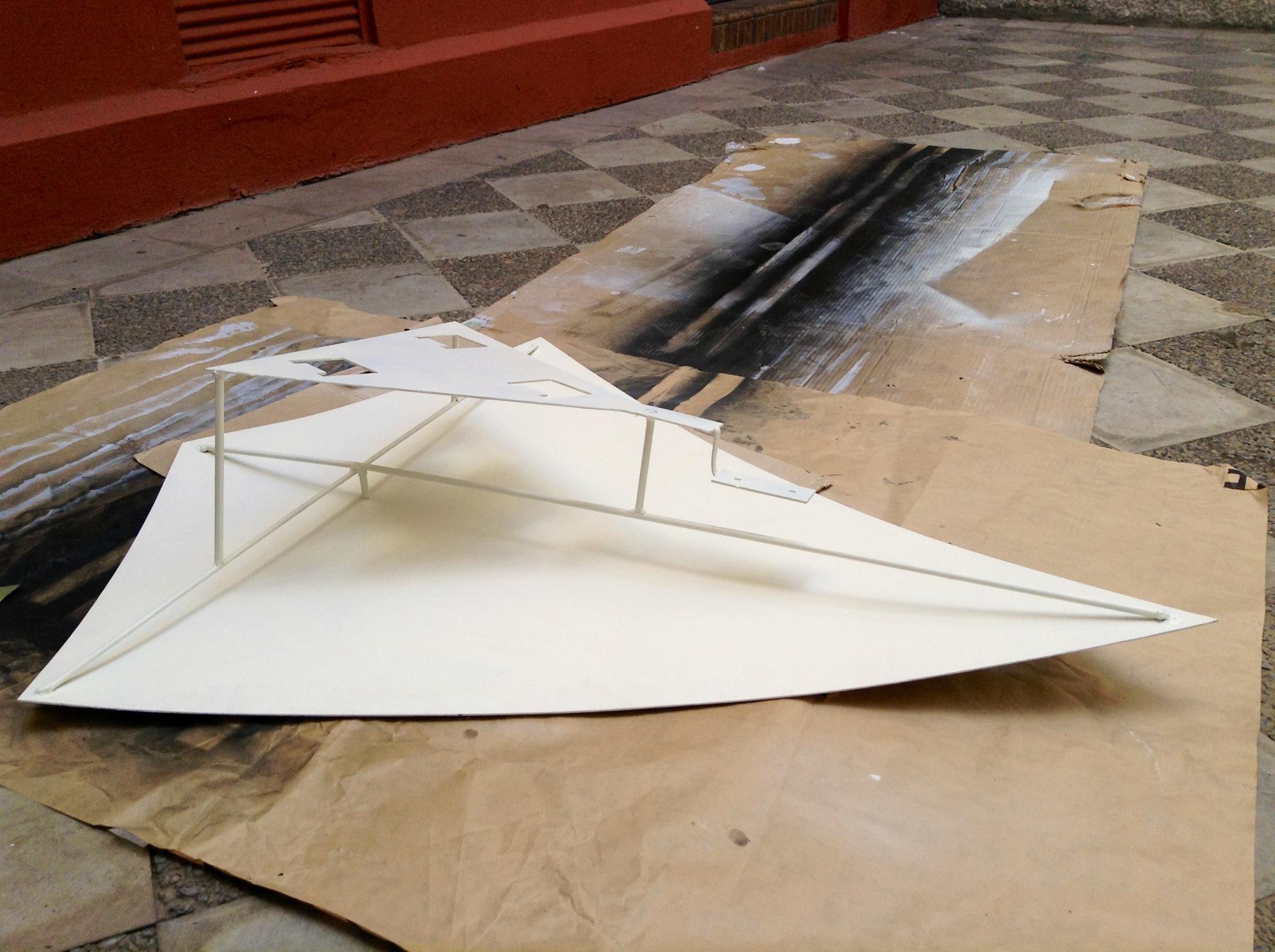 Kites Construction 005.JPG