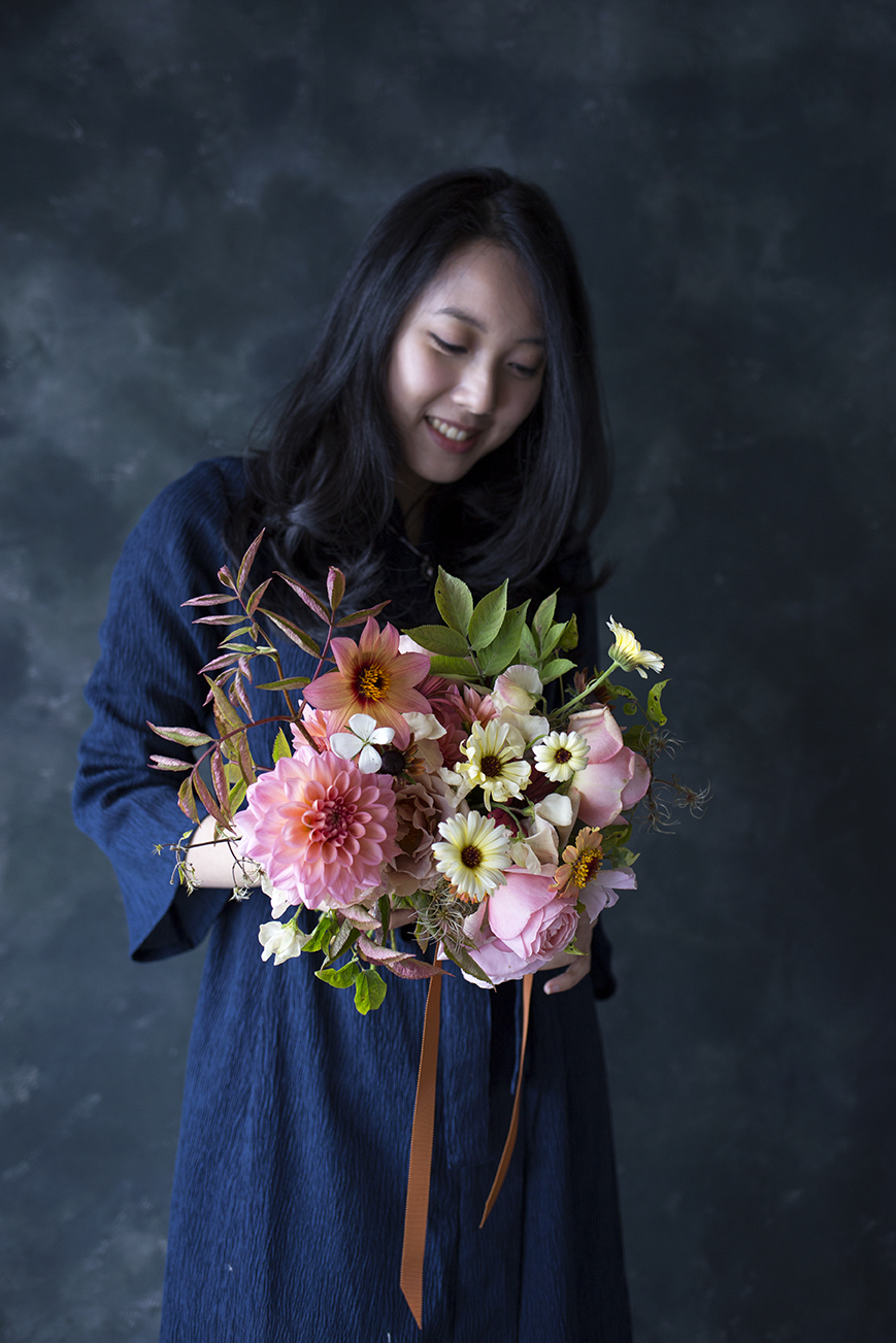 Nixie, with her bouquet of elder, dahlias, zinnia, roses, rudbeckia and agrostemma during our 1:1 class.