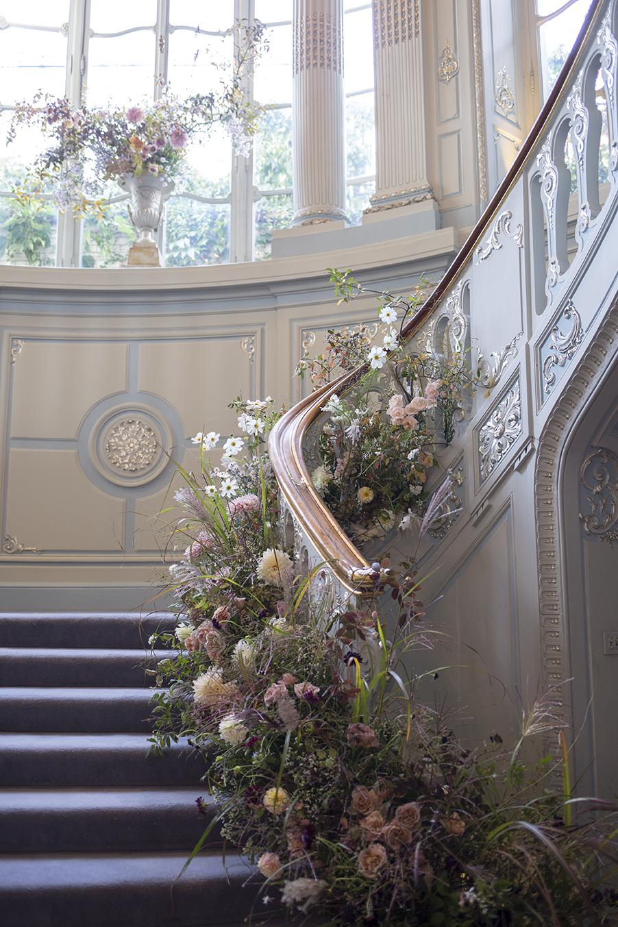 Aesme Flowers   Savile Club Wedding Flowers