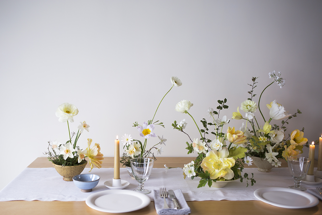 Flower Studio | Table styling 1:1 class: clustered small bowls with garden-grown flowers & beeswax candles