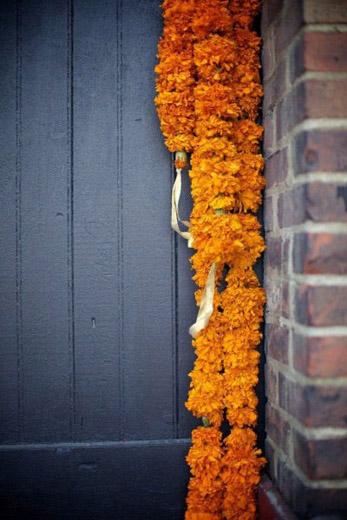 orange-marigolds-bengali-wedding