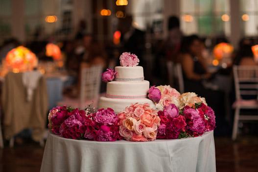 pink-peony-wedding-cake
