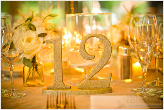 gold-sparkle-table-numbers-glitter
