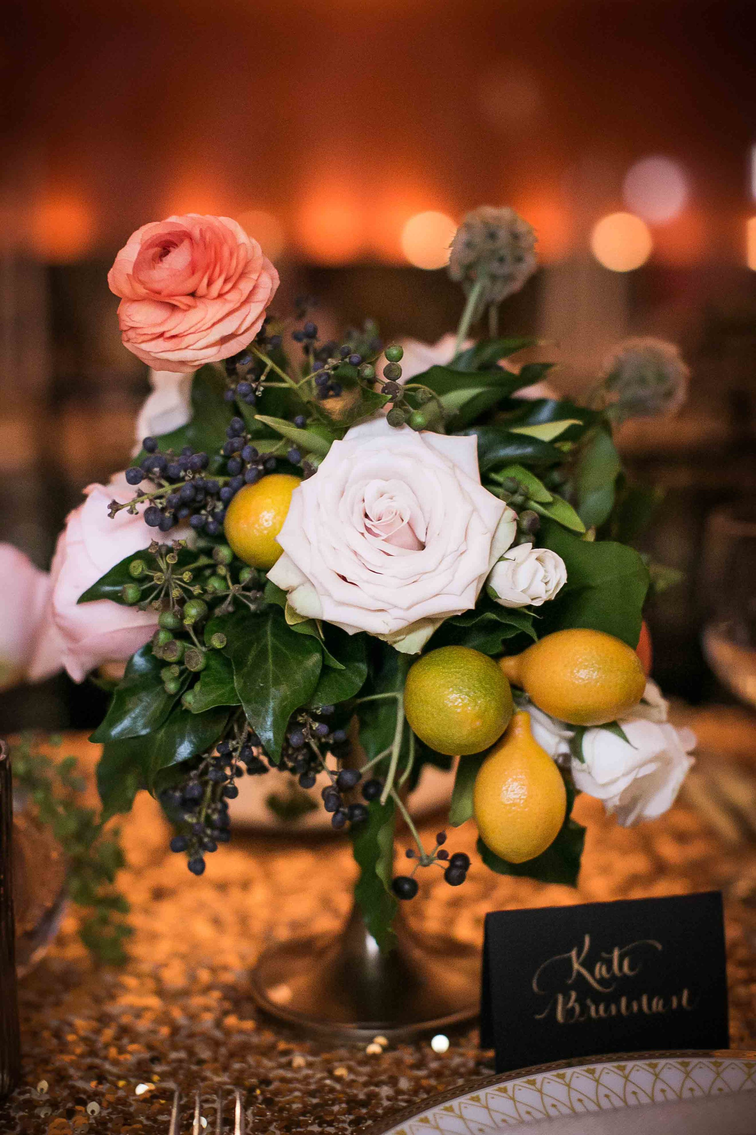 kumquat-peach-pink-rose-centerpiece