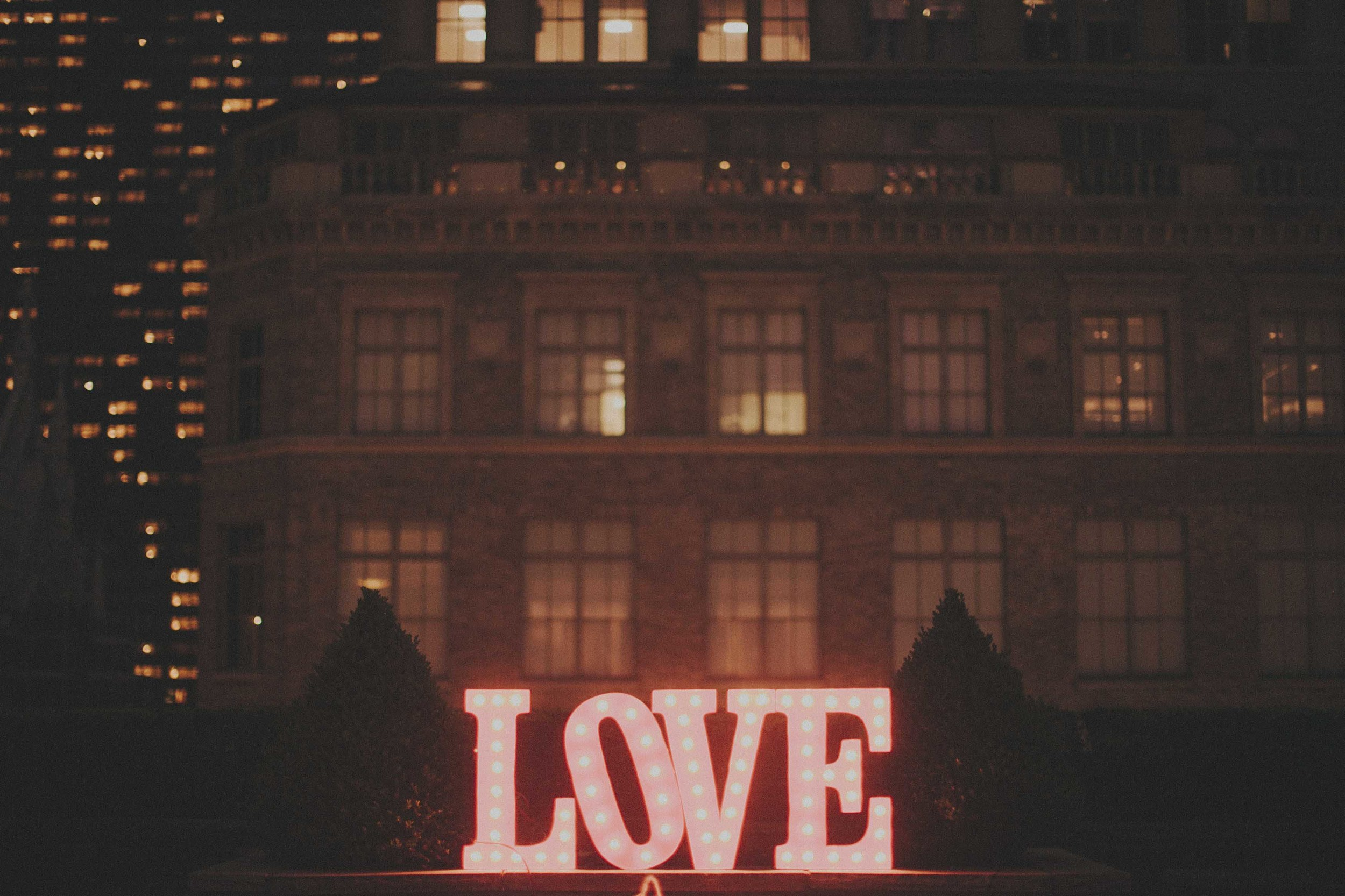 marquee-love-letters-huge