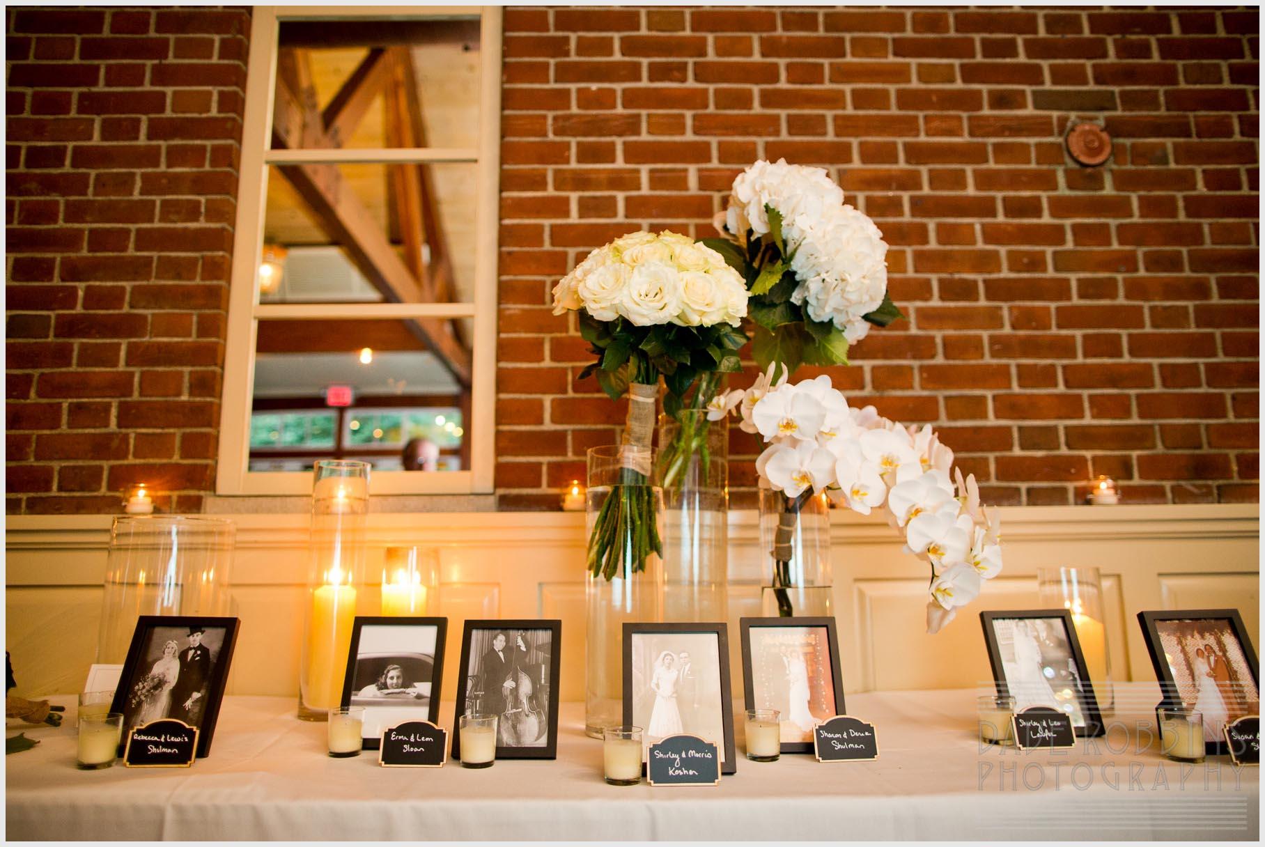 white-flowers-wedding-arrangement-photos