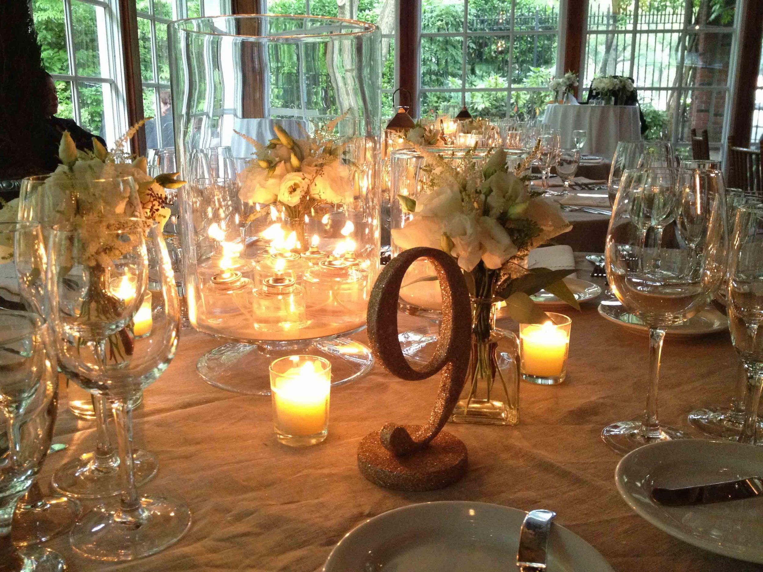 central-park-boathouse-wedding-candle-centerpiece