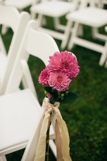 ceremony-aisle-flowers-pink-dahlias