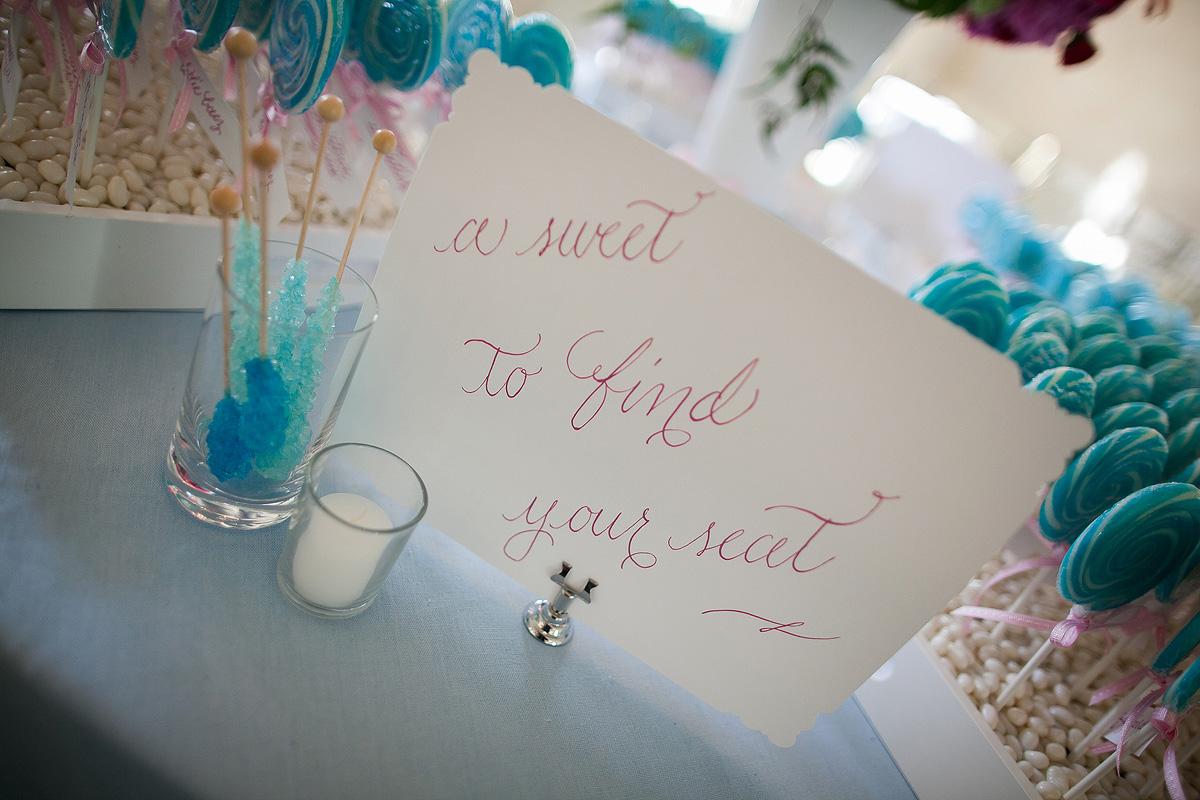 lollipop-escort-card-table