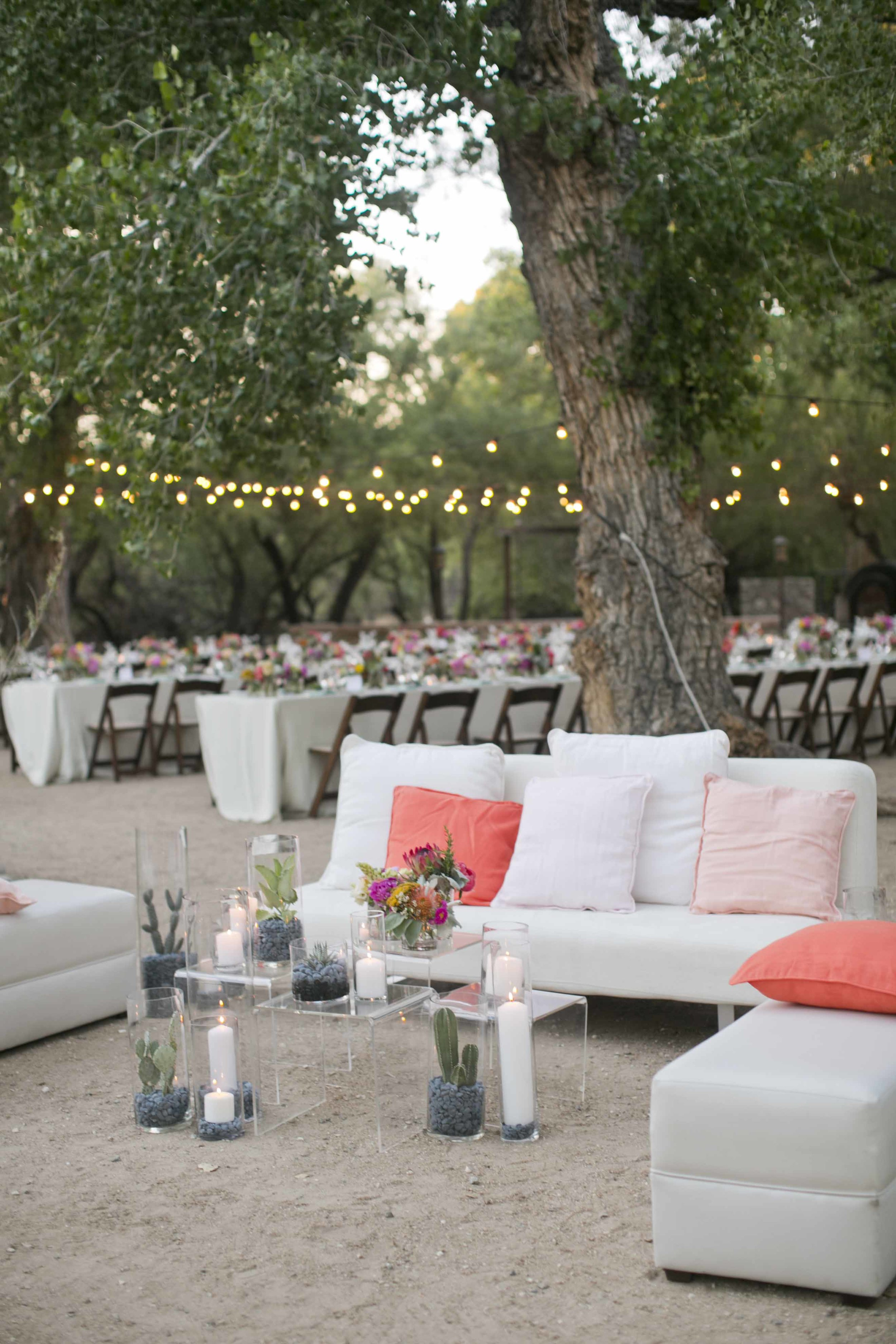 peach-white-lounge-wedding-outdoor-chic-simple-modern