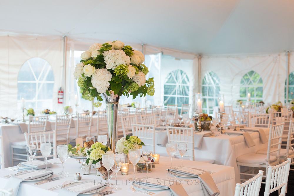 white-hydrangea-wedding-centerpiece-classic-elegant-square-tables