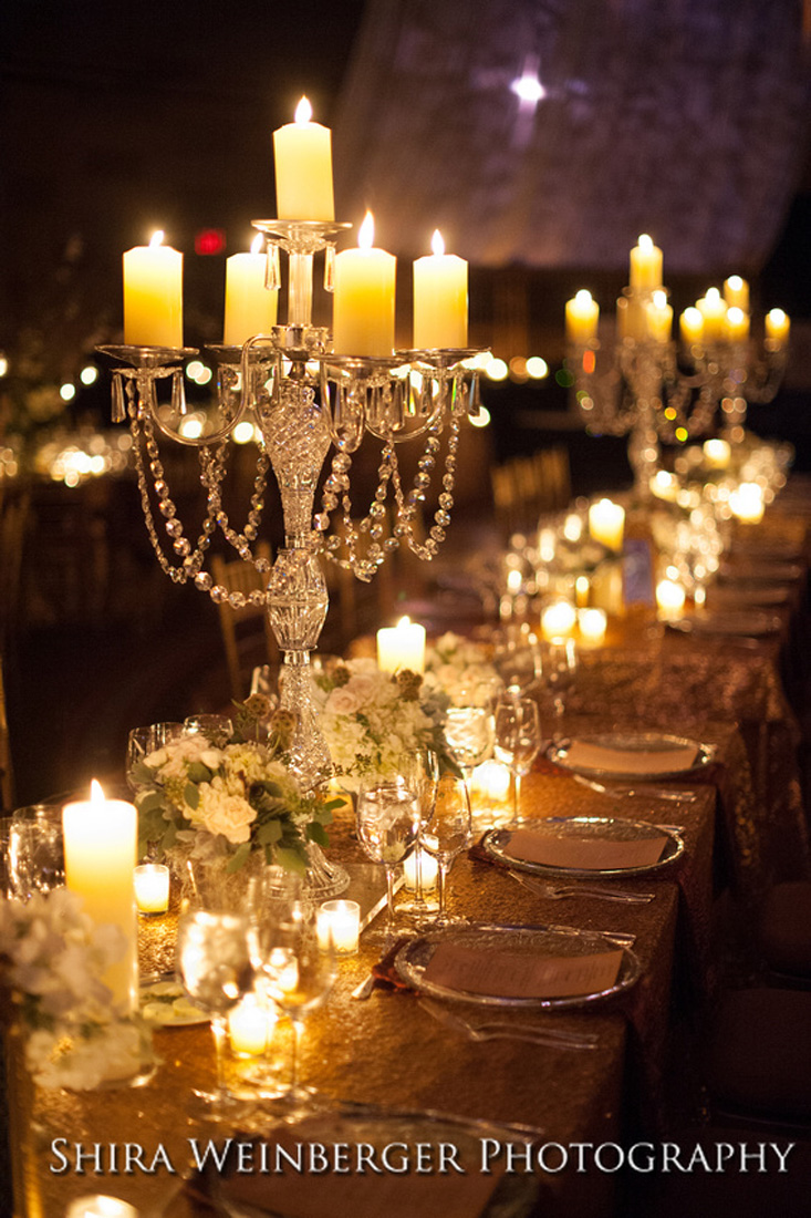 crystal-candelabra-centerpiece-glamorous-rich