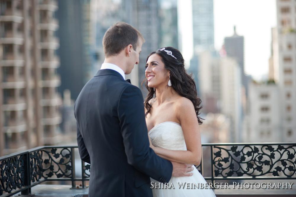 bride-groom-nyc-skyling-skyscrapers