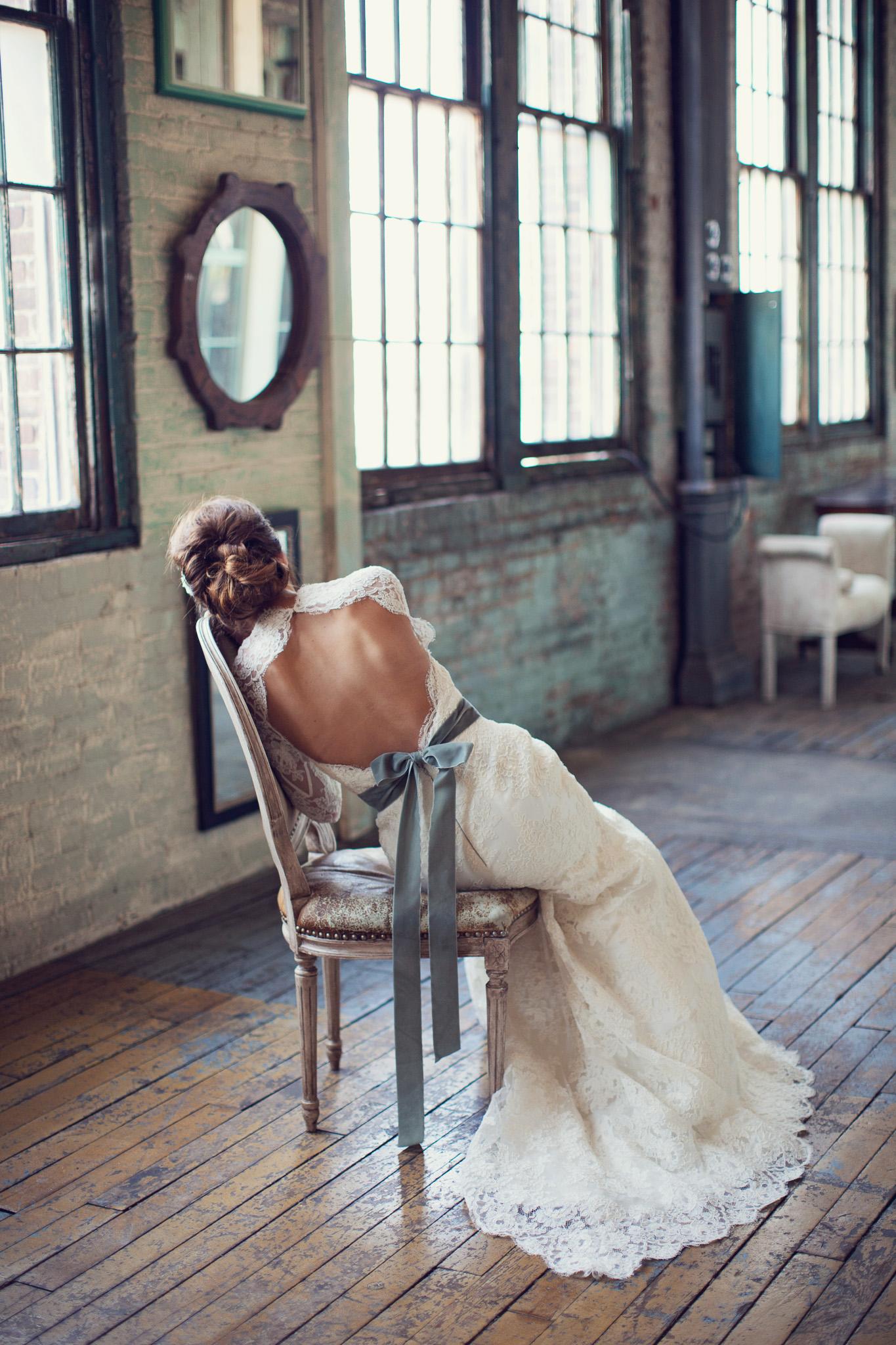 backless-wedding-dress-green-belt-metropolitan-building