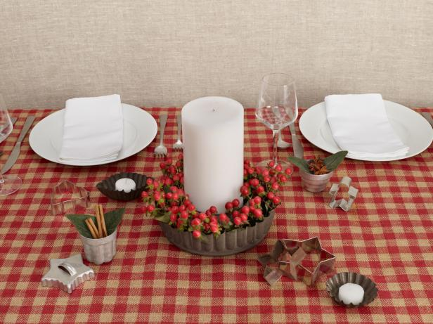 christmas-holiday-centerpiece-ideas-country-unique-baking-tins-simple