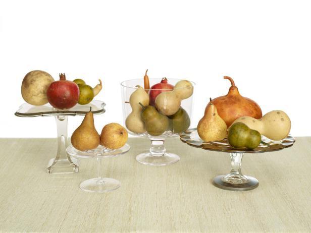 thanksgiving-centerpiece-ideas-unique-simple-sophisticated-fruit-gourds