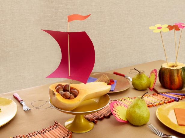 thankgsiving-kids-table-ideas-squash-boat