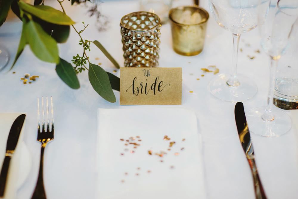 sequin-napkin-accent-gold-metallic-bride