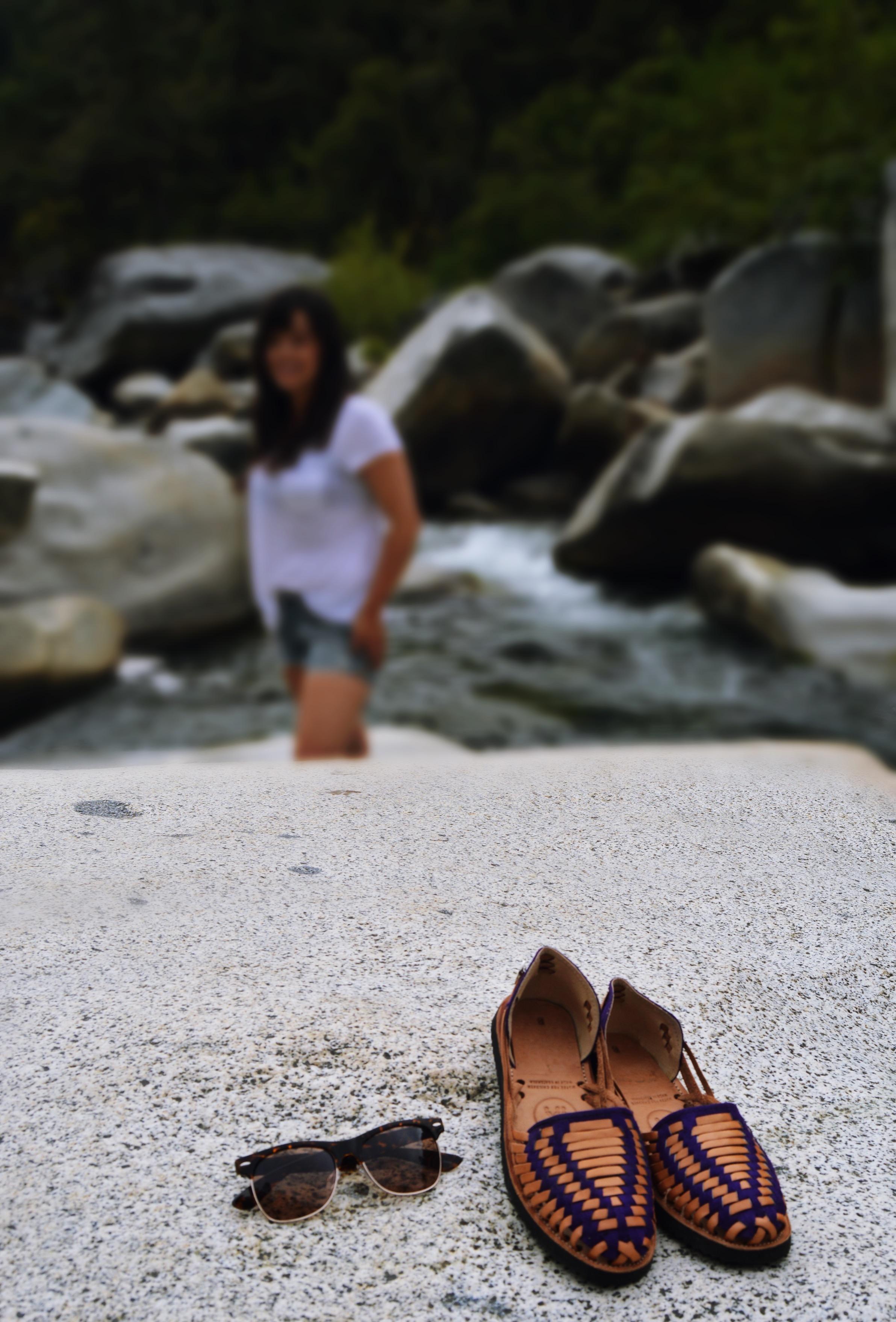 IX Sandals and Lu Curates