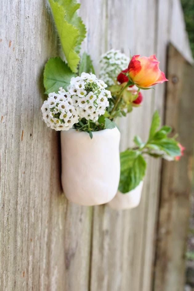 white-pots.jpg