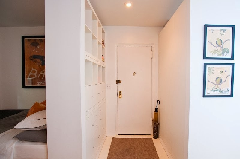 Room divider and hallway storage EXPEDIT hack