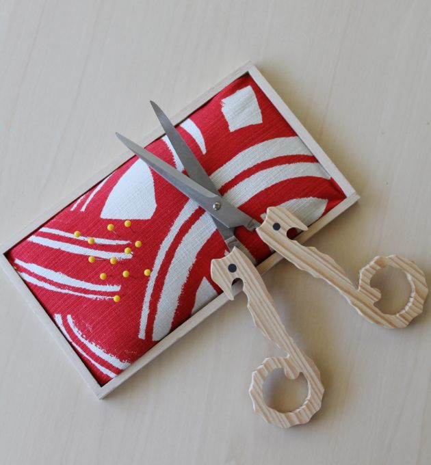 Make your own tray pin cushion